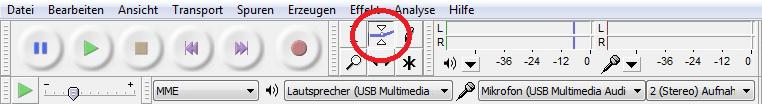 In der Symbolleiste in Audacity kann die Lautstärke über das Hüllenkurvenwerkzeug bearbeitet werden